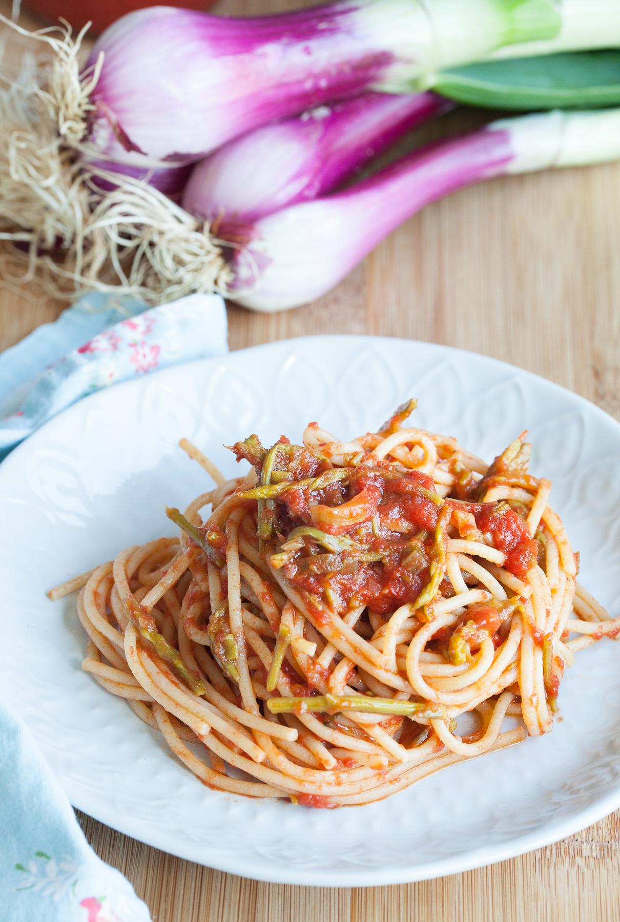 spaghetti e asparagi selvatici