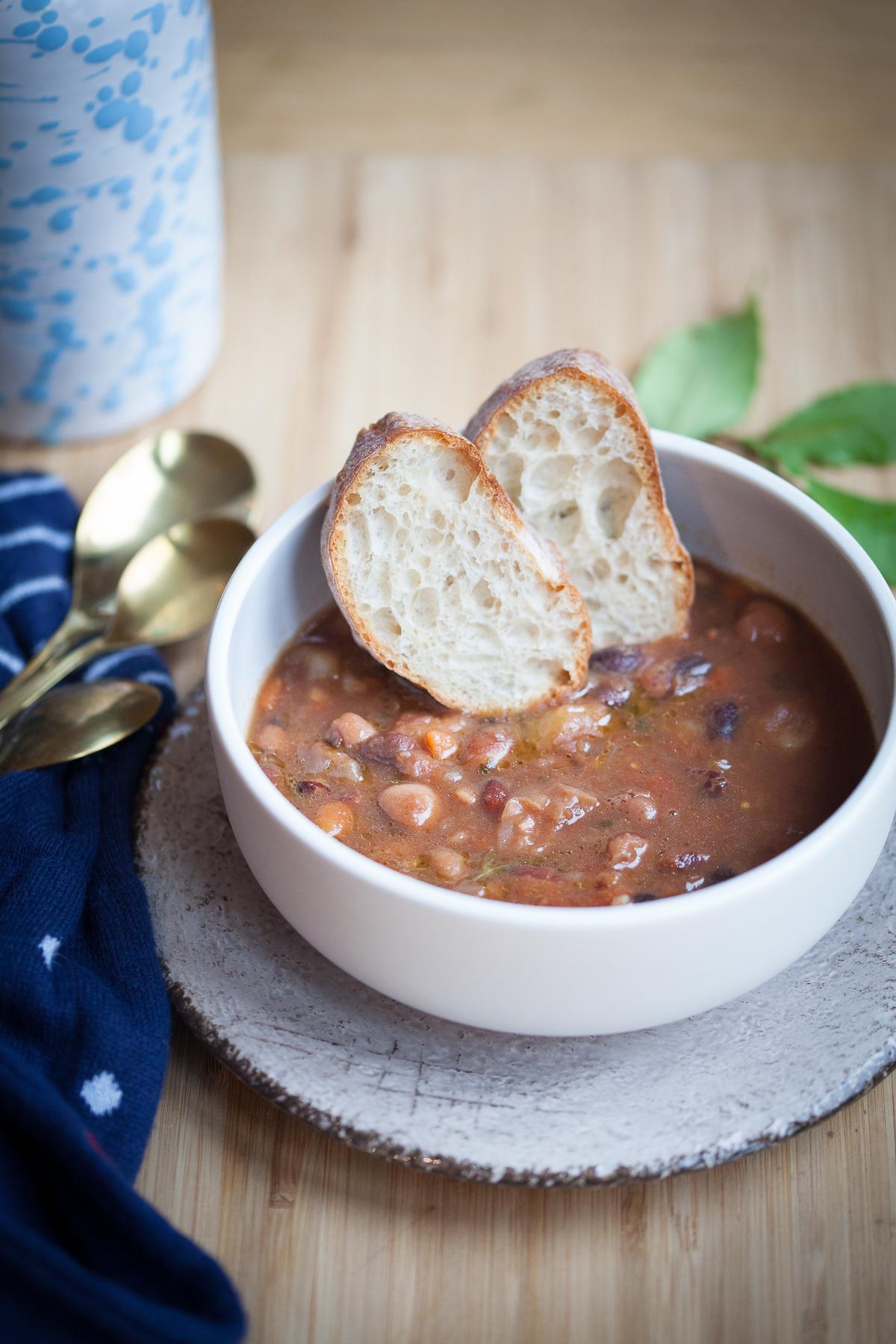 zuppa di fagioli di sarconi