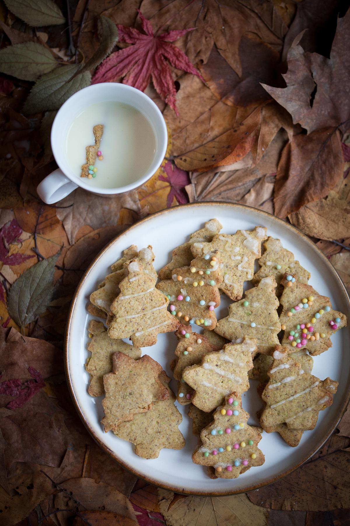 Frollini di Natale ai pistacchi e zenzero
